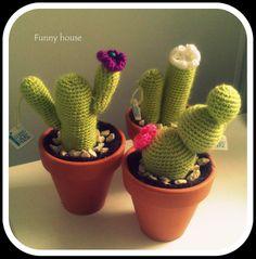 MAcetas de cactus hechos a crochet, detalle original para decorar la casa