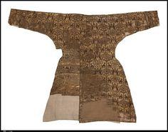 . . Riding Coat first half 13th century Silk; weft-faced compound twill (samite)…