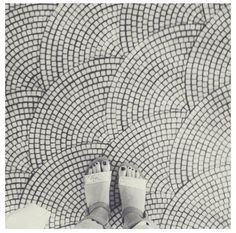 scalloped floor mosaic design