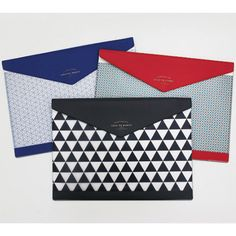 Rollercoaster Catch the moment pattern file folder pouch (http://www.fallindesign.com/rollercoaster-catch-the-moment-pattern-file-folder-pouch/)