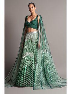 Bridal Lehenga, Lehenga Choli, Saree, Simple Dresses, Formal Dresses, Desi Wear, Indian Designer Outfits, Sweet Dress, Gowns
