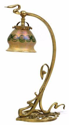 Art Nouveau table lamp with a Loetz shade, around 1902, decor phenomenon Gre 2/177, height 44 cm,