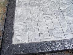 Ashlar Slate Light Gray Base Charcoal Release Patio