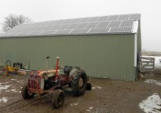 This solar array saves Kennington Farms in Oregon about 1,000 a month, and the farm sells excess electricity to the local utility.