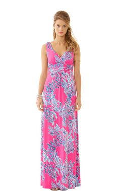 Lilly Pultizer Sloane V-Neck Maxi Dress $198 : Your summer clothing isn't complete without a dress for traveling. The Sloane maxi is the perfect option. This printed jersey dress is flattering on all figures. The v-neck and jersey fabric are perfect for traveling, going out for lunch or spending the day at home.