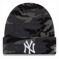 e3379bf9c61e8 NY Yankees New Era Midnight Camo Kids Beanie (Age 4 - 10 Years) –