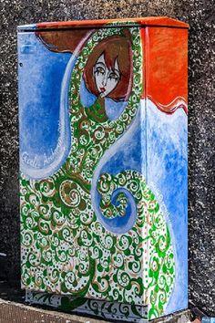 Dublin Street Art On Traffic Light Control Cabinets - Flower Girl