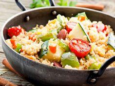 Cous Cous  Cous cous vegan – ein leckeres leichtes Essen mit einem Touch nordafrikanicher Küche.  http://einfach-schnell-gesund-kochen.de/cous-cous/