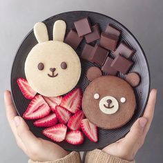 bunny and bear chocolate pancakes! These would be a perfect sweet breakfast, or a fun brunch idea for kids!adorably bunny and bear chocolate pancakes! These would be a perfect sweet breakfast, or a fun brunch idea for kids! Kreative Desserts, Kawaii Dessert, Dessert Food, Food Art For Kids, Cute Baking, Chocolate Pancakes, Chocolate Cake, Cute Desserts, Cafe Food