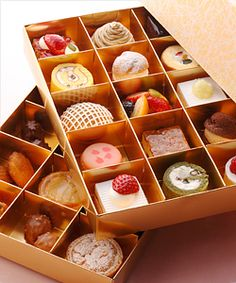 "Sweets Box by ""Patisserie SATSUKI"" Tokyo, Japan"