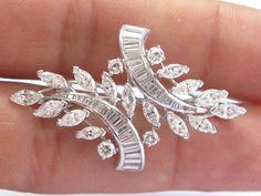 Marquise Diamond, Baguette Diamond, Royal Rings, Diamond Jewellery, Brooch Pin, Minerals, Arm, Diamonds, Heaven