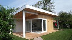 Casas de estilo escandinavo por HOEB architectuur & interieur