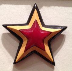 Laminated Bakelite Star Pin