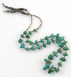 Old Pawn Southwestern Shell Sterling Silver Melon Bench Bead Turquoise Necklace