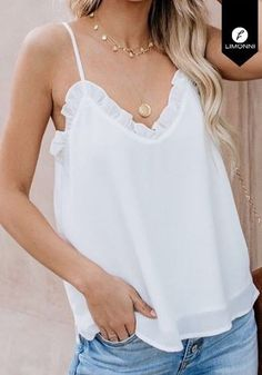 Formal Tops, Cami Tops, All About Fashion, Fashion Outfits, Womens Fashion, Nice Dresses, Camisole Top, Jeans, Couture