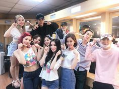 Red Velvet, SNSD Seohyun, EXO Chanyeol, Suho, Sehun & Super Junior Leeteuk