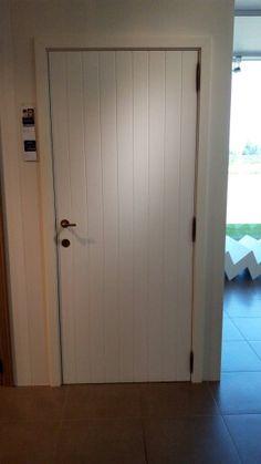 Gekozen binnendeuren, niet in wit maar in hout en te schilderen