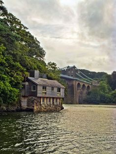Menai bridge & boathouse by Greg Manchester on 500px