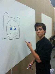 Finn being drawn by his voice actor.