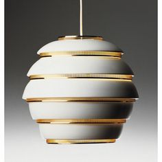 This is a White Vintage Lamp by Artek, from Alvar Aalto. And This lamp looks like one in the Agency Office of Mad Men. Alvar Aalto, Interior Lighting, Modern Lighting, Lighting Design, Vintage Lighting, Nordic Design, Scandinavian Design, Scandinavian Lighting, Modern Design
