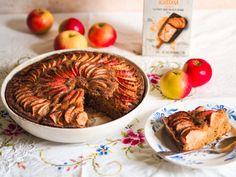 Tämä hieman rouheinen piirakka on täydellinen päiväkahvin kaveriksi! Gluteeniton porkkanajauhoseoksemme sopii nimestään huolimatta täydellisesti myös omenapiirakkaan! Hummus, Ethnic Recipes, Food, Essen, Meals, Yemek, Eten