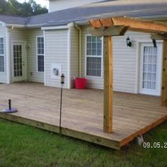 Next Project!!!....floating deck....I love this mini pergola too! hmmm...wheels are turning....