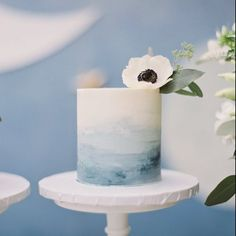 wedding cakes blue Dusty blue watercolor smash cake made out of buttercream for Lokis first cake! Photo by _esthersun/Florals by cityflowerla/Planning and styling by whiteblossomevents Diy Wedding Cake, Buttercream Wedding Cake, Blue Wedding, Boy Communion Cake, Blue Birthday Cakes, Watercolor Wedding Cake, Confirmation Cakes, Colorful Cakes, Floral Cake