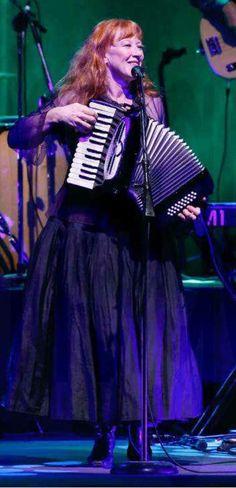 Loreena Mckennitt, World Music, Celtic, The Voice, Musicals, Singer, Concert, Artist, Life