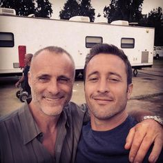 ♥♥♥  Hawaii 5-0 with Alex O'Loughlin !!! TimVMurphy - twitter Aug 14