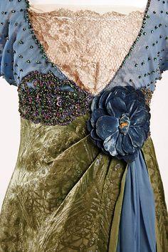 1913-1914 evening dress