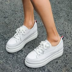 Women's Casual Shoes Leather White Black Fashion Sneakers | Touchy Style White Sneakers For Girl, Jeans And Sneakers Outfit, White Shoes For Girls, Best White Sneakers, Girls Sneakers, Shoes Sneakers, Chunky Sneakers, Womens Fashion Sneakers, Fashion Women