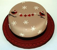 Birds christmas cake - La Forge à Gâteaux #ChristmasCake #ChristmasBirds www.laforgeagateaux.com
