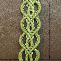 Tutorial: Easy heart pattern bracelet