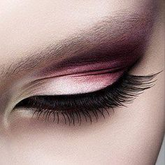 White + Pink + Purple Eyeshadow with Black Eyeliner [What a lovely Valentine's Day look!]