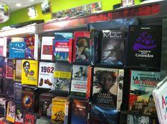 """""""Pancho Mentiras, el vuelo al fin del mundo"""" en librerías TXT, Santiago de Chile."""