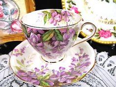 ROYAL STANDARD TEA CUP AND SAUCER PURPLE WISTARIA PATTERN TEACUP Tea Cup Set, Cup And Saucer Set, Tea Cup Saucer, Coffee Cups And Saucers, Teapots And Cups, Purple Dinnerware, China Tea Sets, Vintage Tea, Tea Time