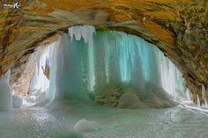 Grand Island ice curtains