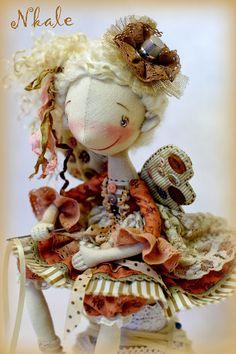 NKALE :-) В каждой игрушке сердце: Наперсточек ))) фейки-швейки: продолжение