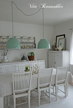 Dining Room Whitewashed Cottage chippy shabby chic french country rustic swedish decor idea