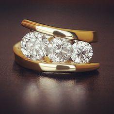 Sophisticated & Modern #bypassring #makeitCLIQ #lovefits #bypass #triplestone #threestone #diamonds #gold #yellowgold #modern #modernstyle #styletrends #giftsforher #style #inspo #ringinspo #wedding #inspiration #sparkle #GIA #preciousgems #preciousmetals #customjewelry #custom #customizable #arthitis #arthritissolutions #arthritislife #arthritislifehacks
