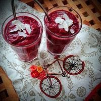 Making Beetroot Apple Smoothies - Great British Chefs Apple Smoothie Recipes, Apple Smoothies, Vegan Smoothies, Juice Smoothie, Smoothie Drinks, Drink Recipes, Skinny Shake, Raw Juice, New Things To Try