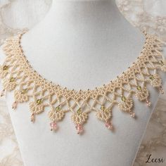Queen's Anne Lace Dark Pearl Beaded Necklace Olive and by Zeesi