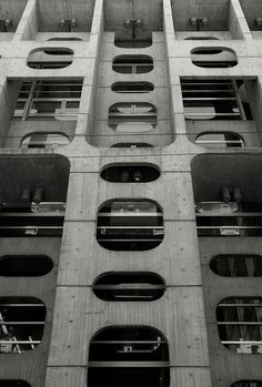 Banco de Londres, Buenos Aires. Architecture by Clorindo Testa, 1966.