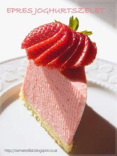 Egyszerű joghurtos epertorta Naan, Grapefruit, Strawberry, Sweets, Cooking, Cakes, Food, Kitchen, Gummi Candy