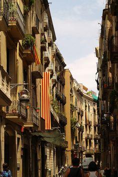 Das Viertel El Born: hier findet man Barcelonas beste Tapas Bars und Restaurants! #barcelona #travelcircus #elborn www.travelcircus.de