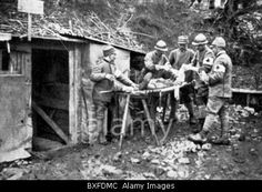 EVENTS, FIRST WORLD WAR / WWI, MEDICAL SERVICE, 1914 - 1918, ITALIAN DRESSING STATION, ITALY, FIELD AMBULANCE, FIRST AID STATION