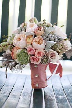 bouquet originale sposa con piante grasse