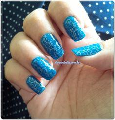 So blue!!! Post: http://www.divatododia.com.br/2015/01/resenha-esmaltes-bella-brazil.html