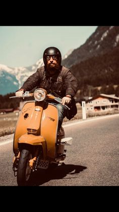 Scooter Bike, Lambretta Scooter, Vespa Scooters, Motorcycle, Mens Fashion, Toys, Vehicles, Pretty, Travel