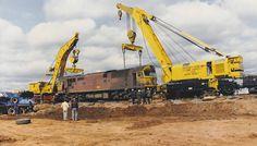 Work Train, Network Rail, Railroad Photography, Green Beret, Old Trains, Heavy Machinery, Model Train Layouts, Diesel Locomotive, Train Tracks